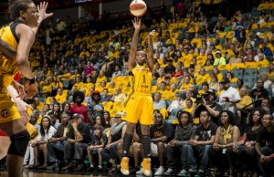 Photo by Shane Bevel/NBAE, courtesy Tulsa Shock.