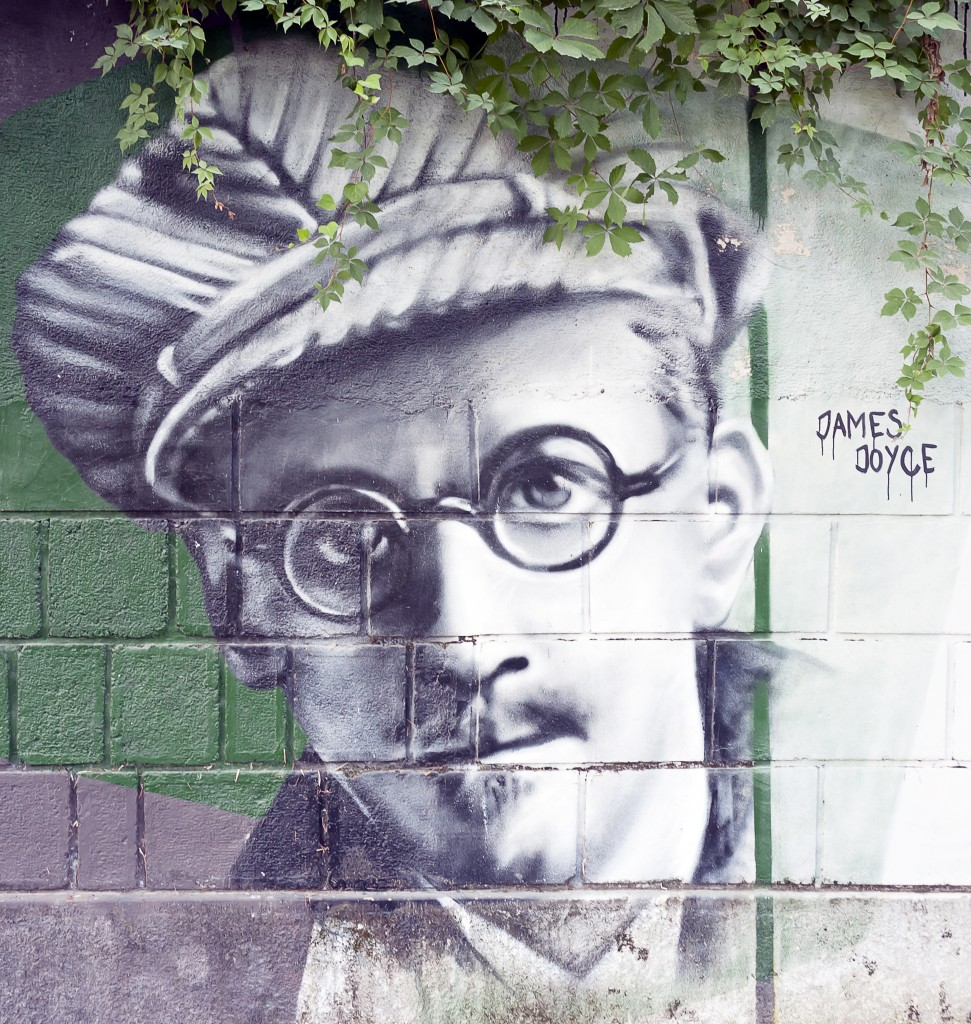 A pub crawl celebrating James Joyce? We're in. Bokic Bojan / Shutterstock.com