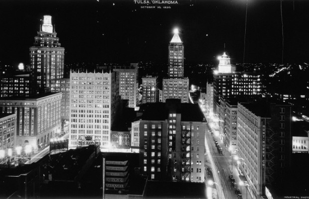 x 1930, downtown at night, sm