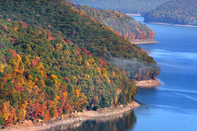 Pennsylvania has many prime areas for fall foliage tours.
